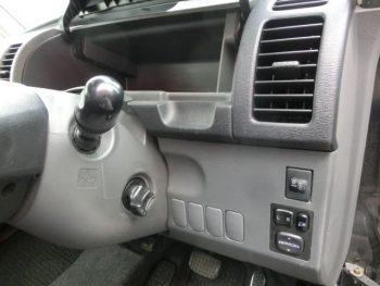 タント VS 4WD