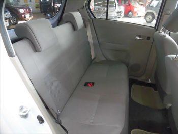 プレオプラス LA 4WD