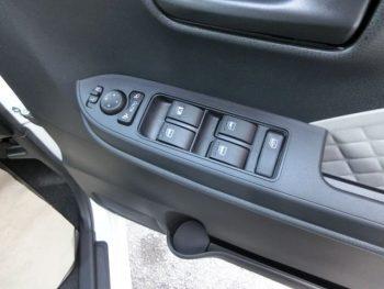 タント L 未使用車 4WD