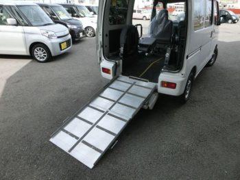 ハイゼットカーゴバン スローパー 福祉車両 4WD
