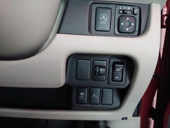 eKワゴン M eアシスト 4WD