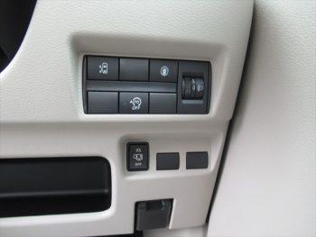 ルークス X 快適パック 未使用車 4WD