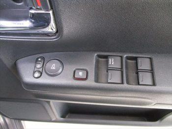 ライフ ディーバ 4WD