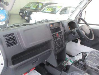 キャリイトラック KC 未使用車   4WD