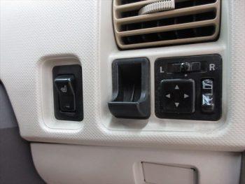 オッティ E FOUR 4WD