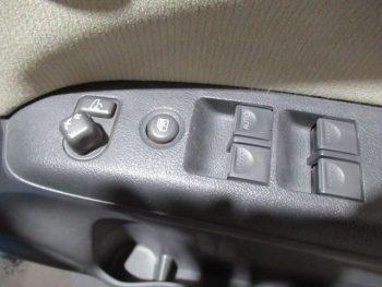 ライフ F 4WD