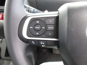 タント Xセレクション 未使用車 4WD