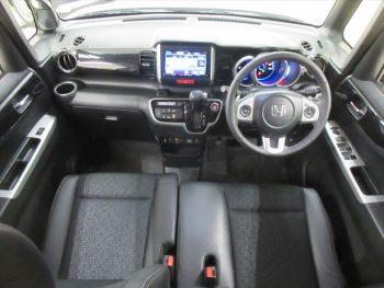 N-BOXカスタム G ターボLパッケージ 4WD