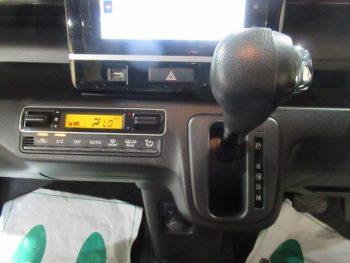 ワゴンRスティングレー HYBRID T 全方位モニター付きメモリーナビ装着車 ターボ 4WD