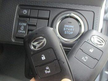 タント X スマートパノラマパーキングパック 未使用車 4WD