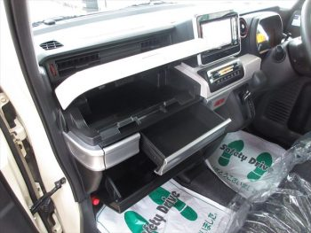 スペーシア ハイブリッドX デュアルセンサーブレーキサポート 4WD