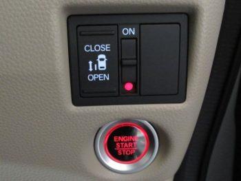 N-BOX GLホンダセンシング 4WD