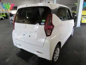 eKワゴン M ナビ取付パッケージ 現行モデル 未使用車 4WD