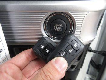 スペーシアカスタム ハイブリッド GS スズキセーフティサポート 未使用車 4WD