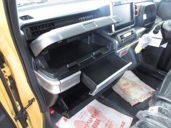 スペーシアギア ハイブリッドXZ 未使用車 4WD