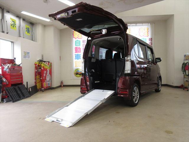 N-BOX+カスタム G 車いす仕様車 福祉車両 スローパー 4WD