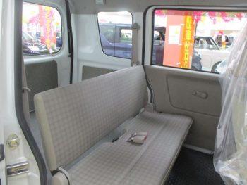 NV100クリッパーバン DX ハイルーフ 4WD