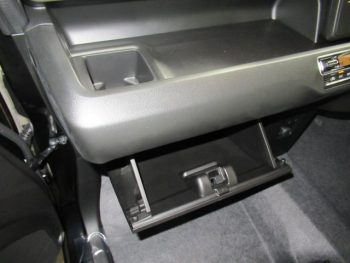ワゴンR ハイブリッドFX スズキセーフティサポート 未使用車 4WD