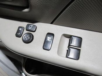 NV100クリッパーバン DX・GLエマージェンシーブレーキ 4WD