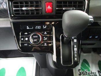 タントカスタム Xセレクション 4WD