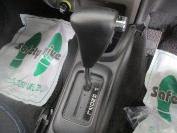 テリオスキッド カスタムL ターボ 4WD