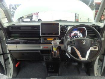 スペーシアカスタム ハイブリッド GS セーフティサポート  未使用車 4WD