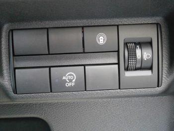 eKクロス M 4WD 未使用車ハイブリッド