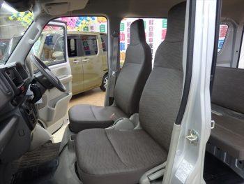 エブリイバン PA ハイルーフ セーフティサポート装着車 4WD