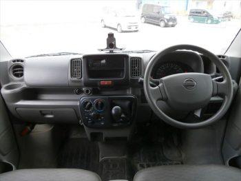 NV100クリッパーバン DX 4WD