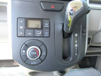 タント G SA 4WD
